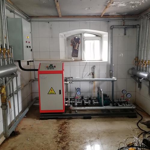 QXD30电热水锅炉+洗浴用水现场安装